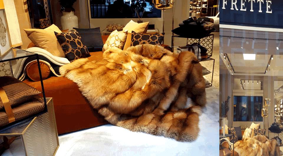 25.000 Euro per una coperta di volpi morte