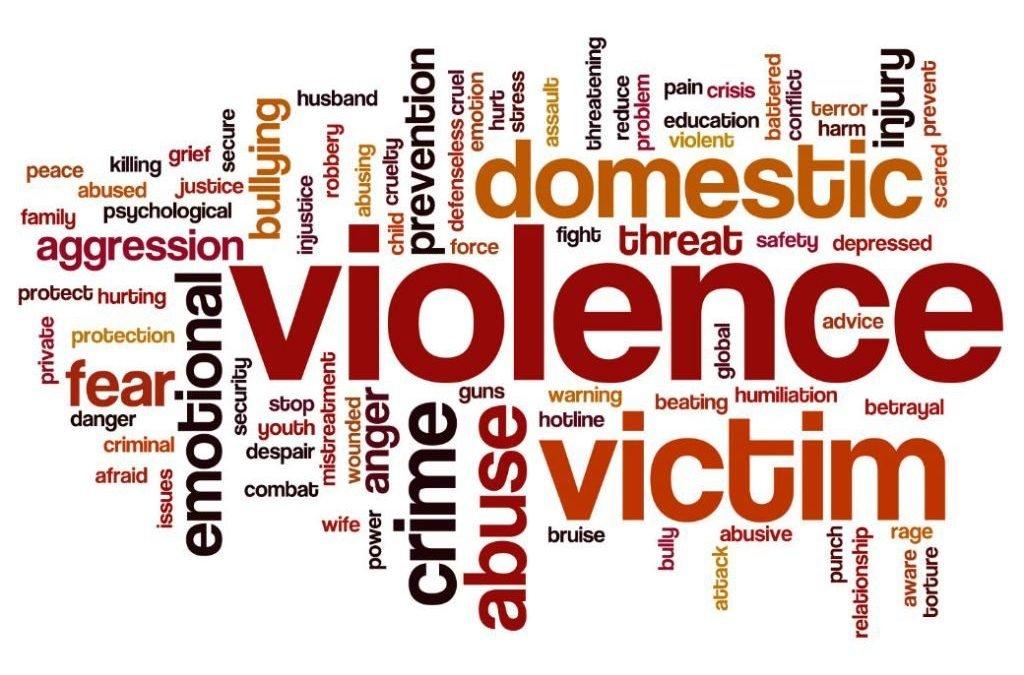 Violenza sulle donne spesso viene da lontano partendo dagli animali